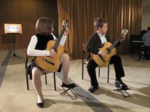 misja, unisono gitarzyści, szkoła muzyczna